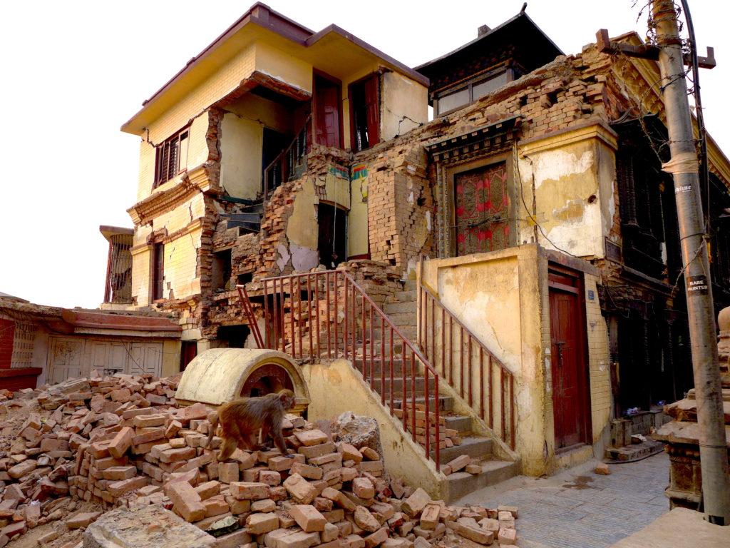 Świątynia Małp po trzęsieniu ziemi Kathmandu Nepal