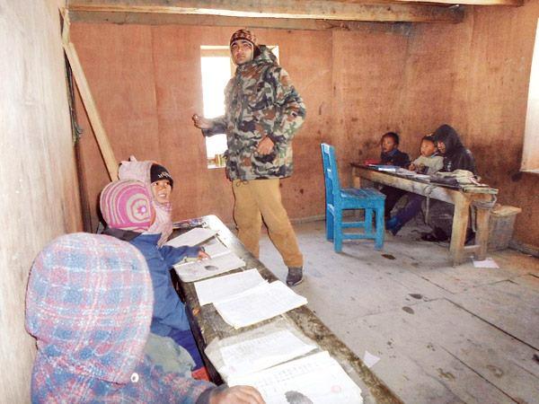 szkola Bragha Nepal