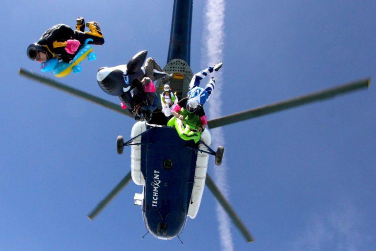 Czy skoki spadochronowe mają sens? Od 0 do 1000.