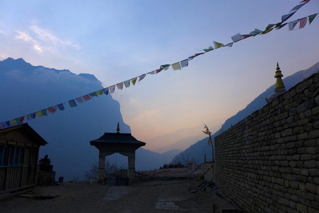 klasztor buddyjski himalaje nepalu